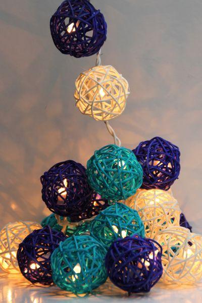 Lichterkette Rattankugeln Blau