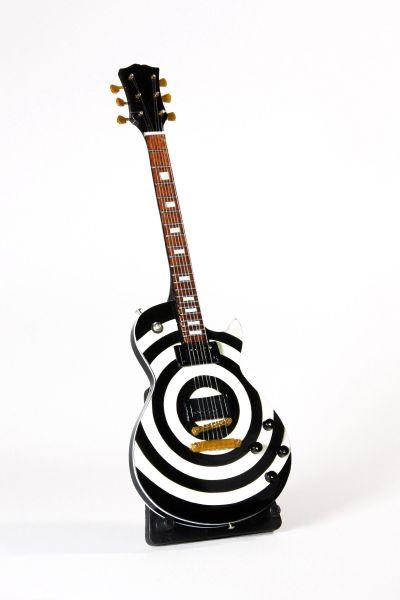 Miniaturgitarre in Spiralenoptik