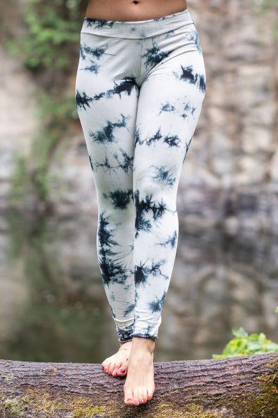 Legging im Batik-Look