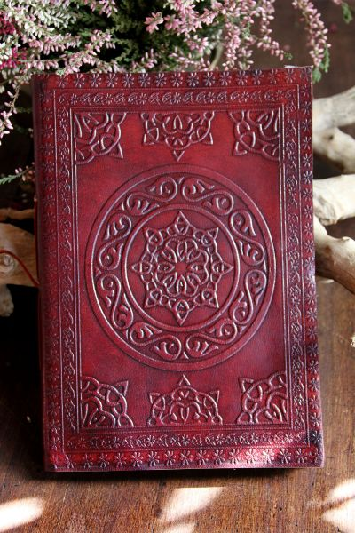 Lederbuch keltisches Design l