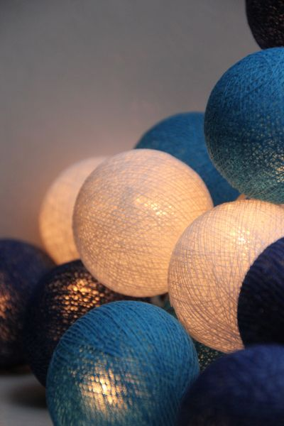 Lichterkette Stoffbälle Blau