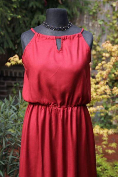 Kleid mit Schlitz, lang