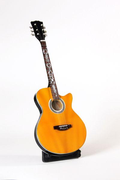 Miniatur Akustik Gitarre