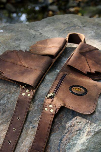 Leder Gürteltasche, Taschen in Blatt-Form, eingefasster Stein